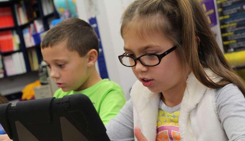 Novatica 240 Tecnología en las aulas Entrevista Microsoft